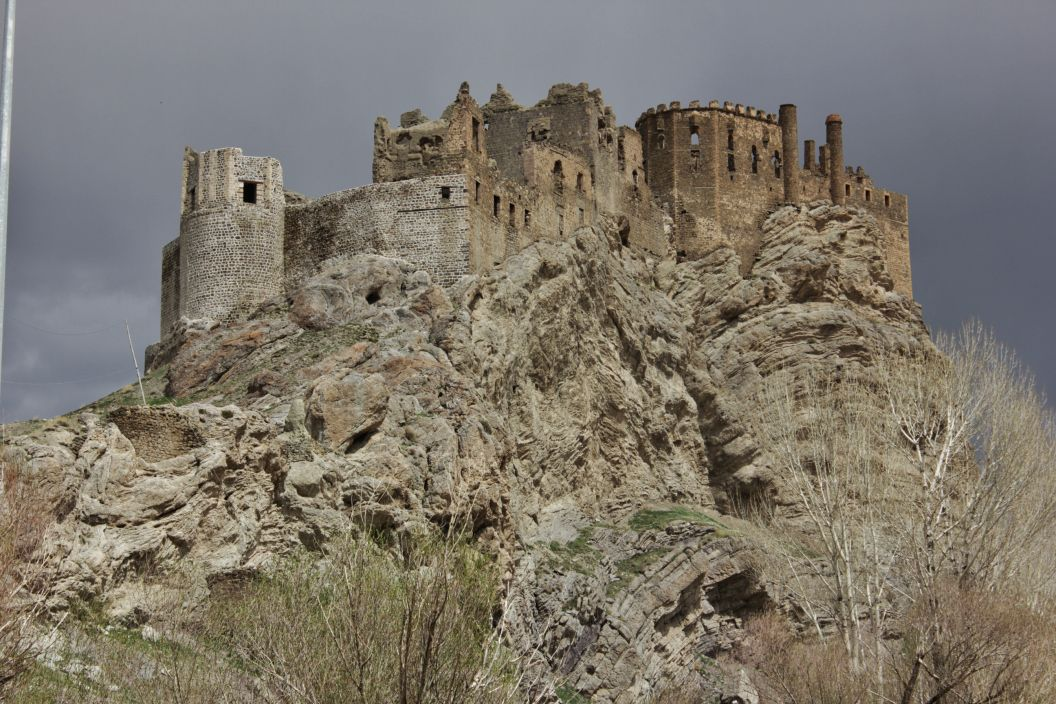 قلعه چاوش تپه