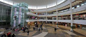 مرکز خرید مهم شهر وان